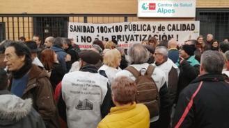 Vecinos de Carabanchel, Usera y Villaverde se movilizan contra los 'recortes' en Atención Primaria
