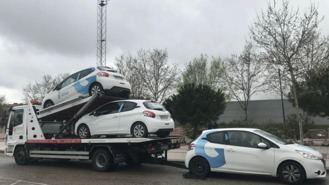 El PP acusa al Gobierno municipal de 'perder' 20 coches por falta de pago