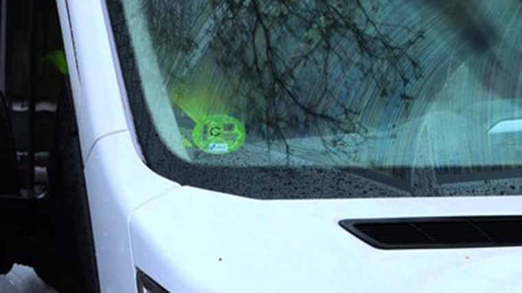 El Ayuntamiento no incluye permisos para circular de los coches con etica C en la ordenanza