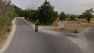 Buscan a un ciclista que dio una brutal paliza a un hombre que iba en bici con su nieta