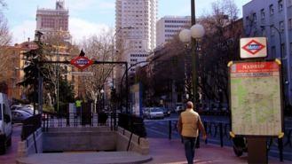 Arranca la remodelación de Ventura Rodríguez: Aceras más anchas y doble arbolado