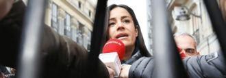 Villacis estalla contra 'la bajeza política' de Ayuso tras el fichaje de Garrido