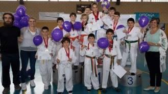 Un centenar de participantes en el I Campeonato Infantil de Taekwondo