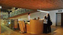 La biblioteca municipoal Lázaro Carreter reabre este lunes con cita previa