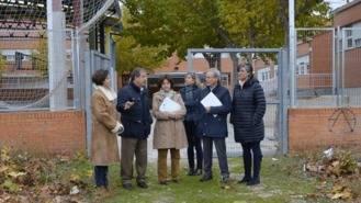 Visita a las parcelas municipales destinadas a equipamientos educativos