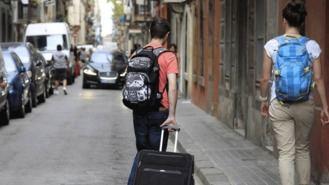 El Gobierno elevará a 5 años la prorroga del alquier y regulará la vivienda turística