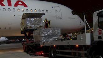 Llega el primer vuelo con 20 toneladas de productos sanitarios procedentes de China