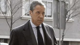 Casado, como Aznar, pide la salida de la cárcel de Zaplana, que padece leucemia